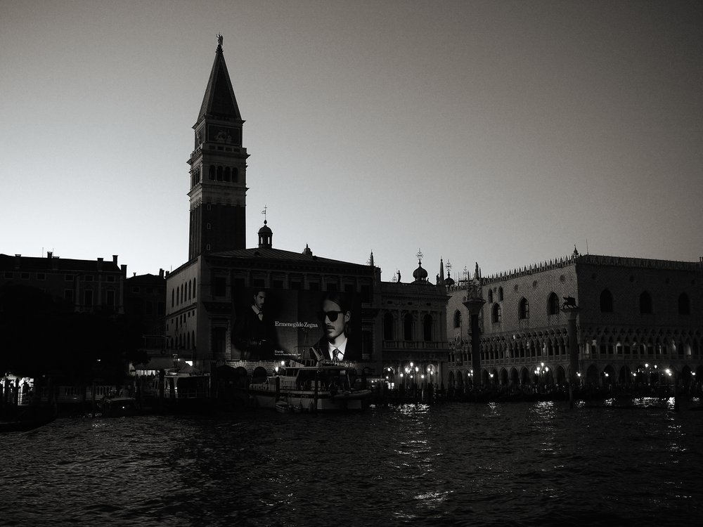 Billboard, Venice