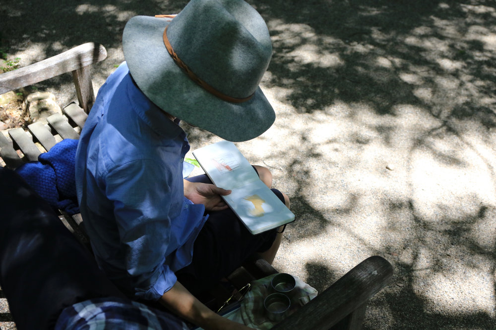 Amanda painting plein air at the Huntington Gardens
