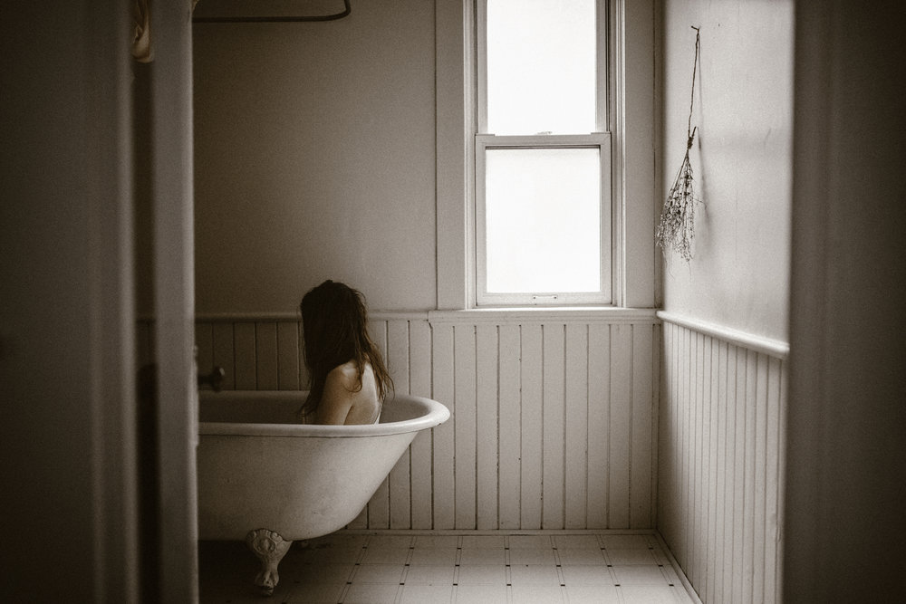 Selfportraits-Newhome-001-021fb.jpg