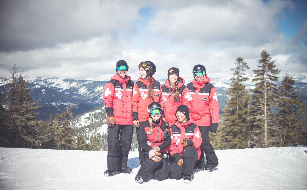 NS_1617_Photos_Ski Patrol Women-37.jpg