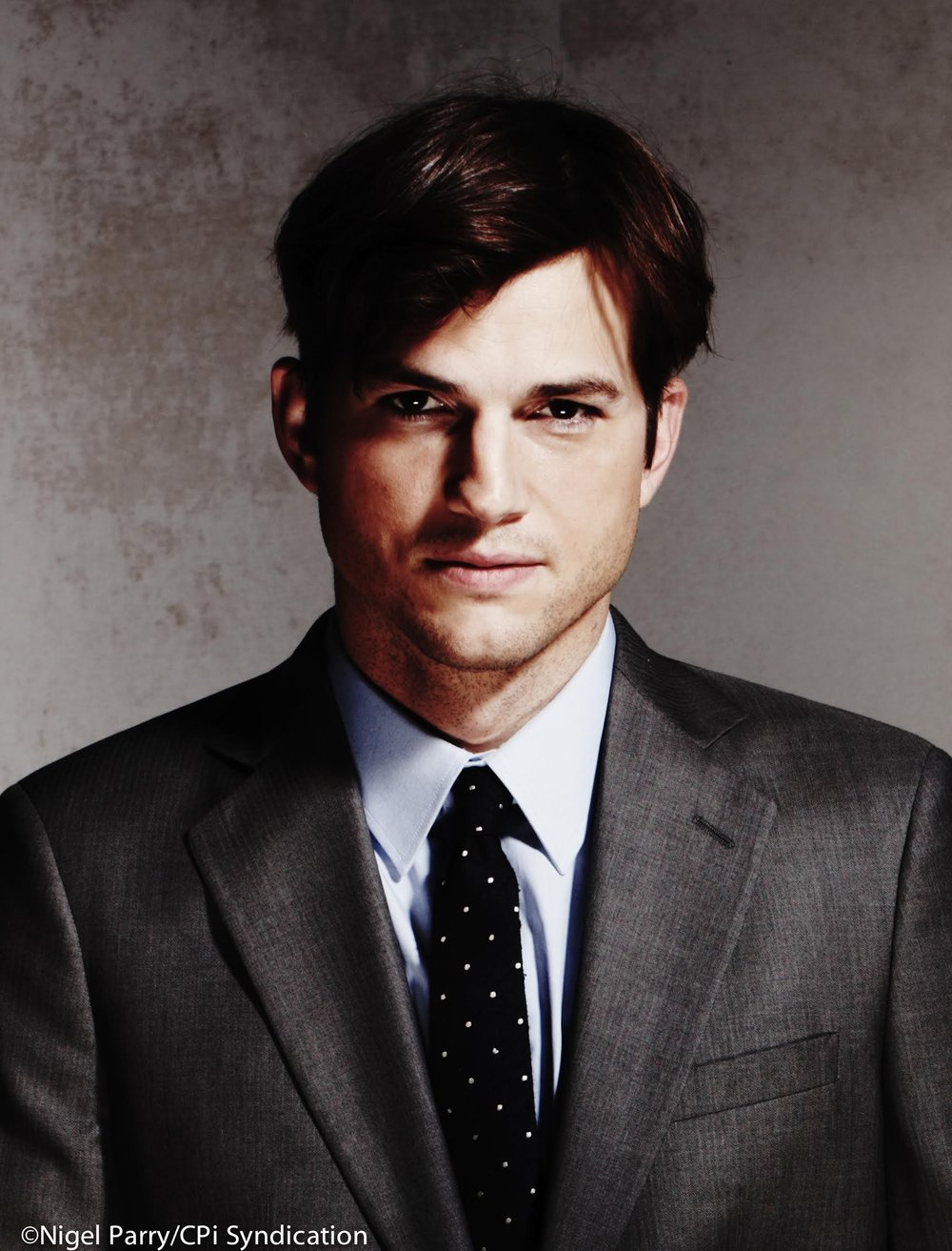 Sound Ventures, Co-Founder    Ashton Kutcher