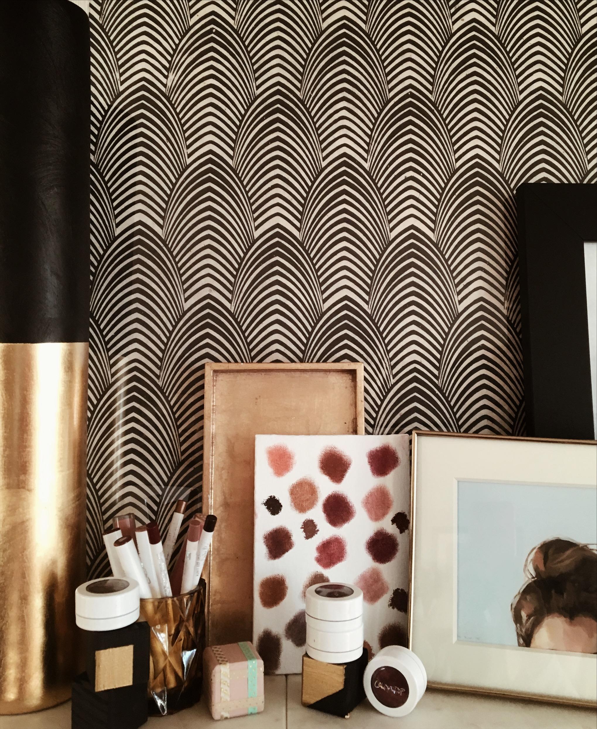 Liquid wallpaper in the interior 45 photo examples