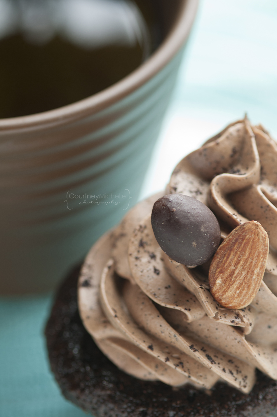chocolate-espresso-cupcake-with-coffee-chicago-food-lifestyle-photography-by-courtney-laper.jpg