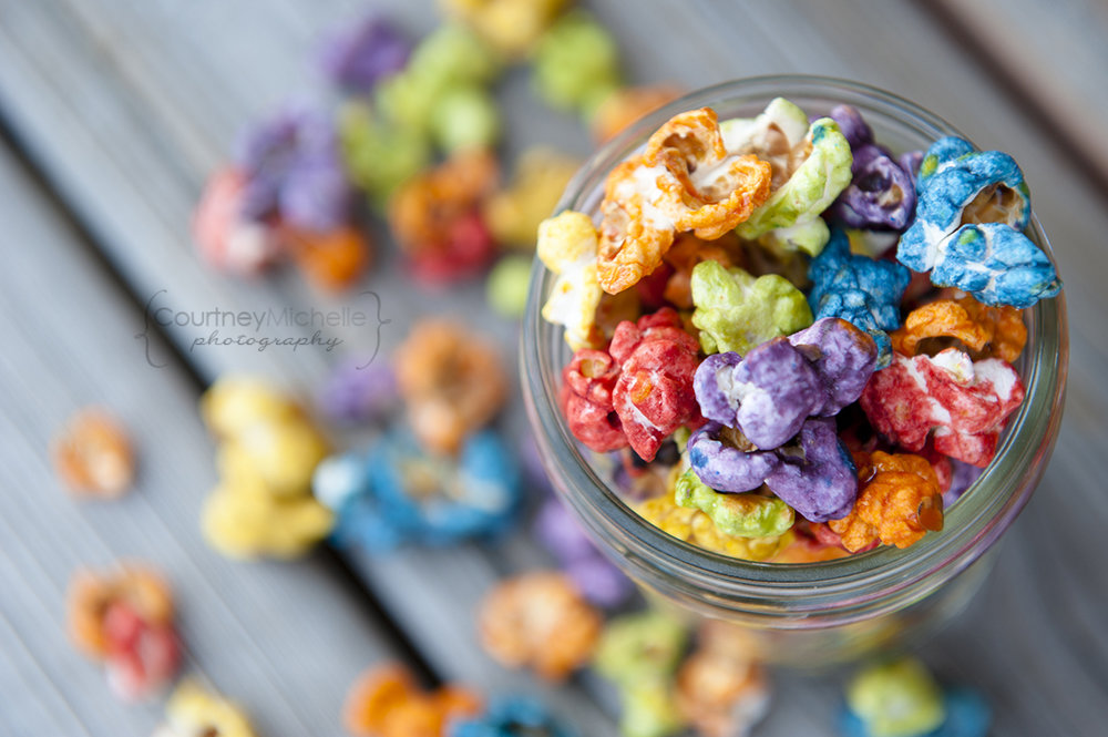 colorful-popcorn-in-mason-jar-chicago-food-lifestyle-photography-by-courtney-laper.jpg