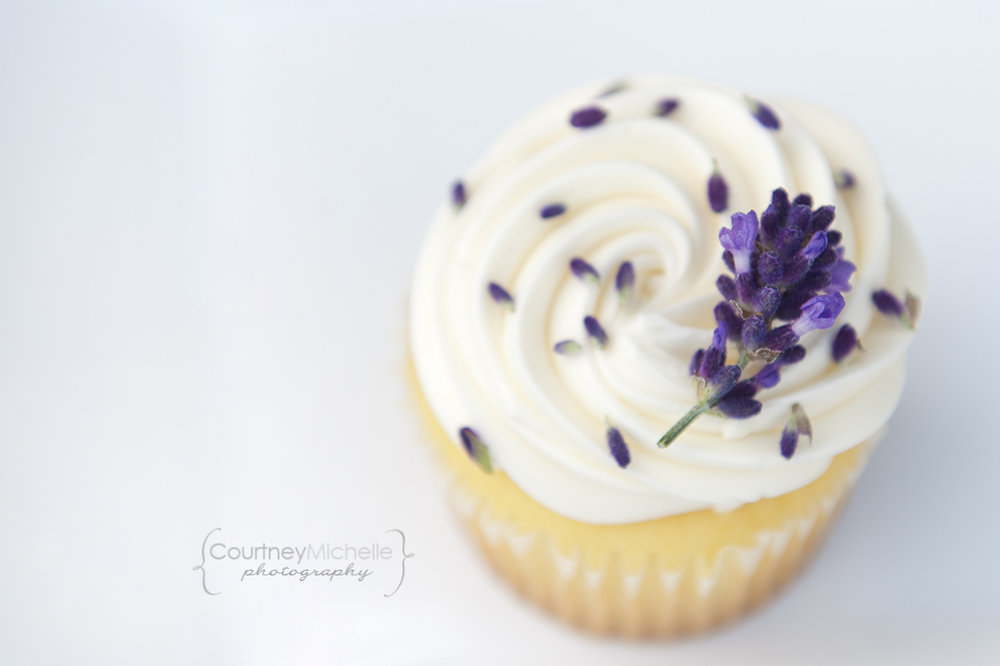 vanilla-lavender-cupcake-chicago-food-lifestyle-photography-by-courtney-laper.jpg