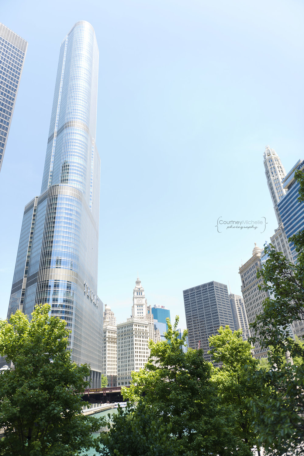 chicago_river_trump_tower_chicago_street_photography_courtney_laper_photography.jpg