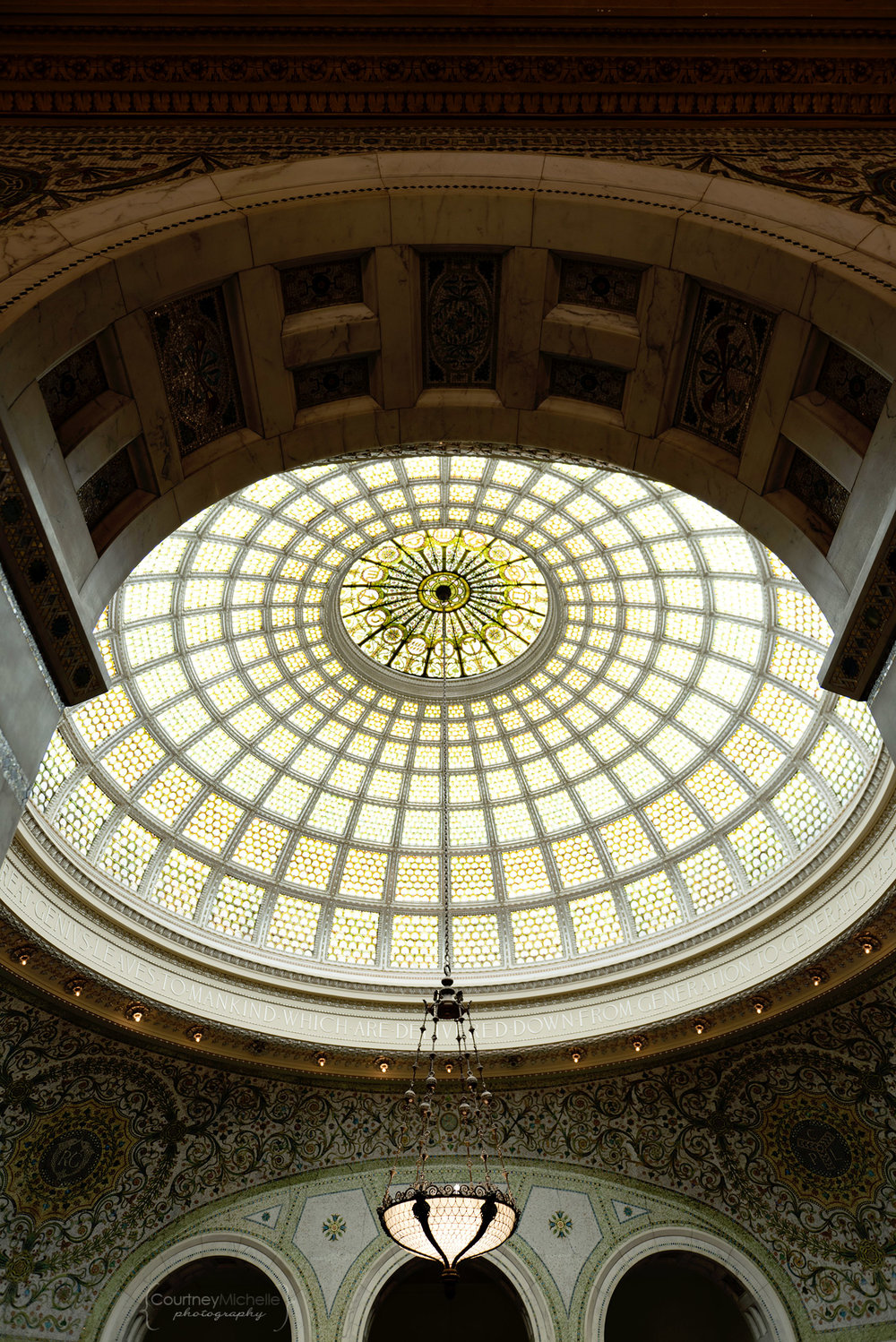 glass_dome_chicago_cultural_center_chicago_street_photography_courtney_laper_photography.jpg