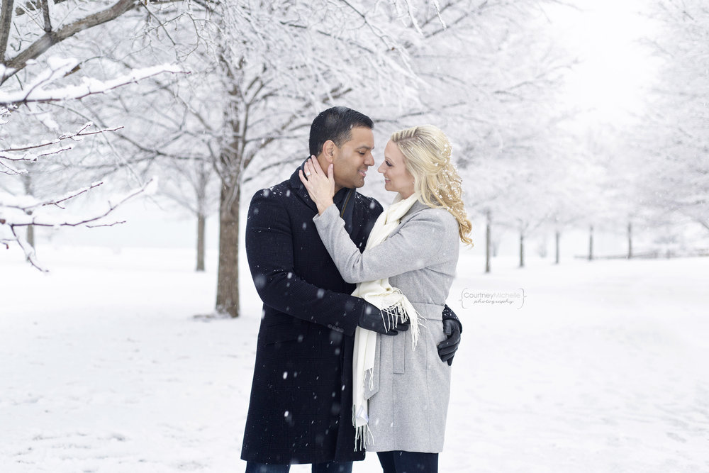 snowy-chicago-engagement-photography-museum-campus-snuggled-in-snow-courtney-laper©COPYRIGHTCMP-3430.jpg