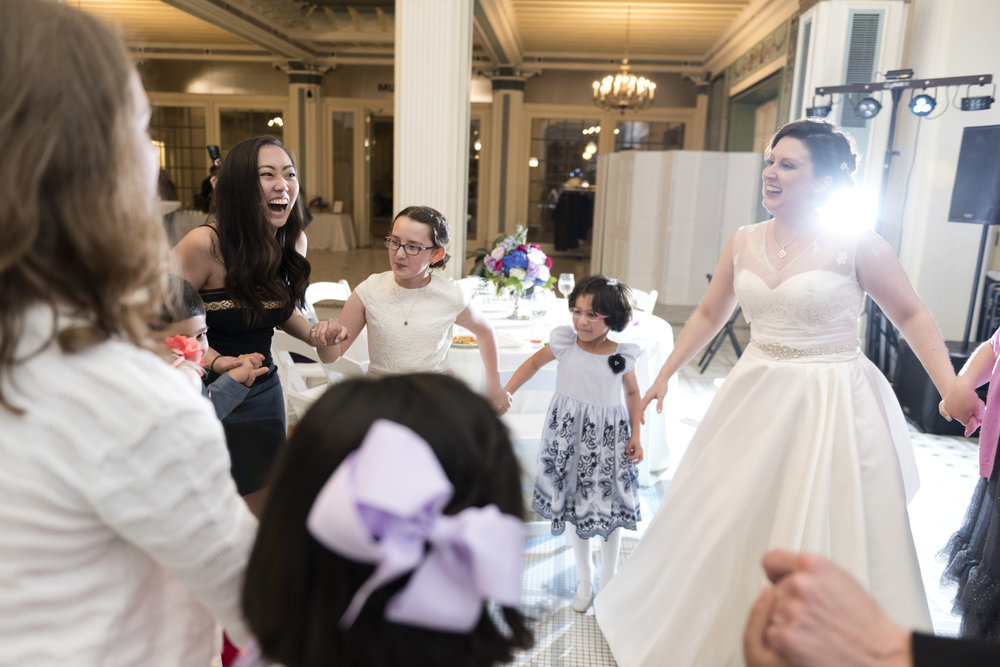 chicago-wedding-photographer-south-shore-cultural-center-dancing