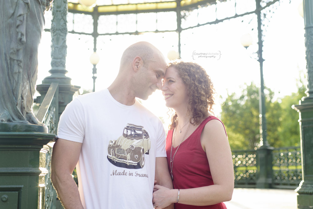 chicago-engagement-photographer-backlit-couple-welles-park©COPYRIGHTCMP-edit-1533.jpg