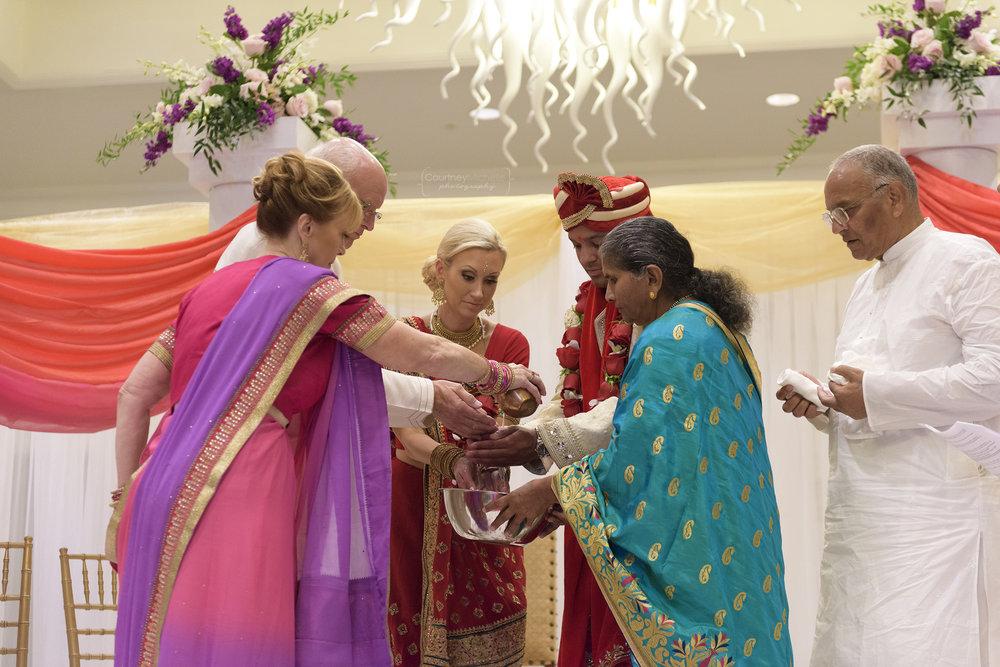 hindu-ceremony-grand-cayman-ritz-carlton-wedding©CopyrightCMP-LeaAnneRaj-7096.jpg