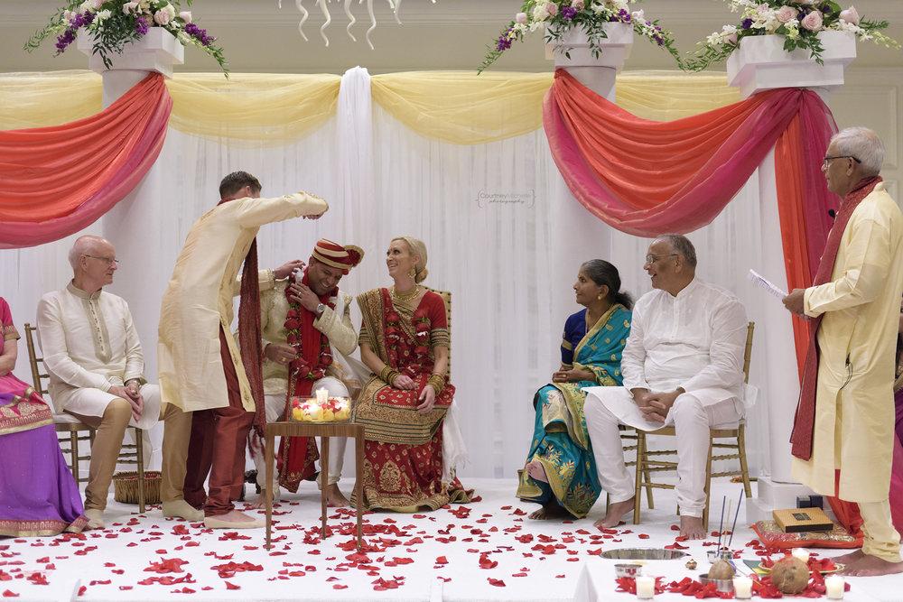 hindu-ceremony-grand-cayman-ritz-carlton-wedding©CopyrightCMP-LeaAnneRaj-7195.jpg