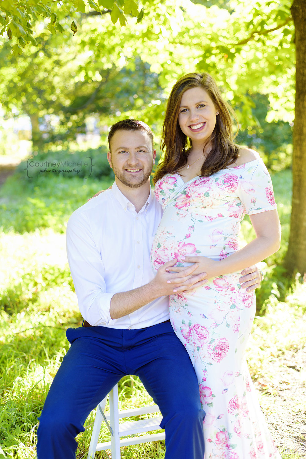 montrose-beach-chicago-maternity-session-courtney-laper©COPYRIGHTCMP-Maternity-2917.jpg