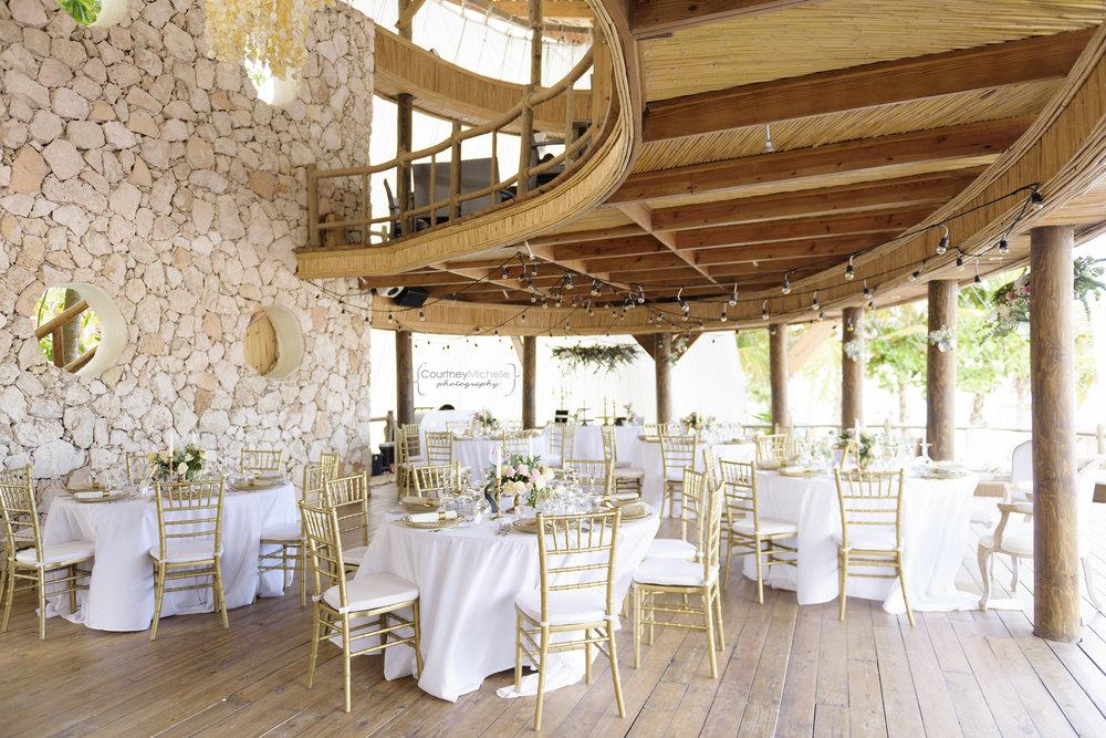 punta-cana-dominican-republic-jellyfish-wedding-beach-wedding-photography-courtney-laper©CopyrightCMP_2019-EmmaTito-9729.jpg