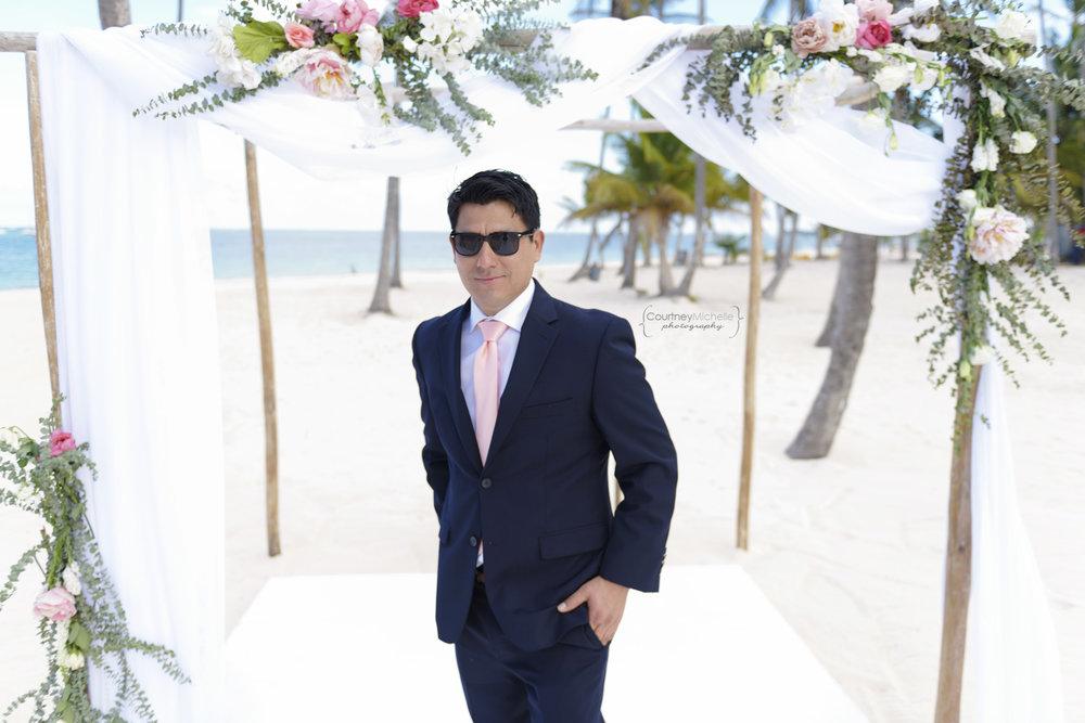 punta-cana-dominican-republic-jellyfish-wedding-beach-wedding-photography-courtney-laper©CopyrightCMP_2019-EmmaTito-9821.jpg