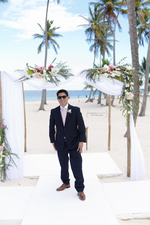 punta-cana-dominican-republic-jellyfish-wedding-beach-wedding-photography-courtney-laper©CopyrightCMP_2019-EmmaTito-9834.jpg