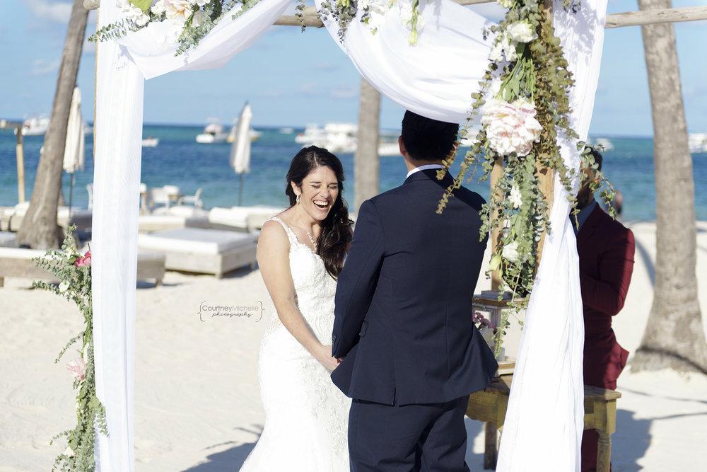 punta-cana-dominican-republic-jellyfish-wedding-beach-wedding-photography-courtney-laper©CopyrightCMP_2019-EmmaTito-0159.jpg
