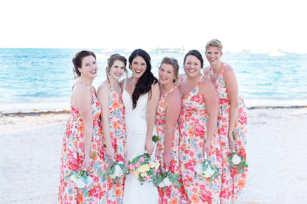 punta-cana-dominican-republic-jellyfish-wedding-beach-wedding-photography-courtney-laper©CopyrightCMP_2019-EmmaTito-0506.jpg