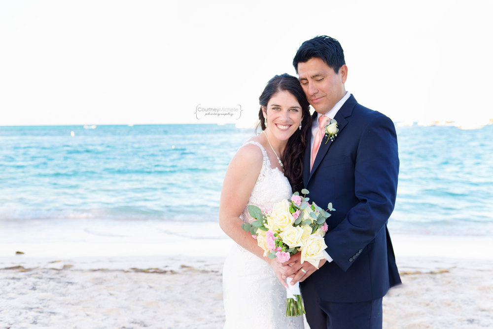 punta-cana-dominican-republic-jellyfish-wedding-beach-wedding-photography-courtney-laper©CopyrightCMP_2019-EmmaTito-0611.jpg