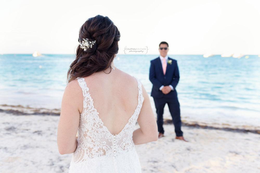 punta-cana-dominican-republic-jellyfish-wedding-beach-wedding-photography-courtney-laper©CopyrightCMP_2019-EmmaTito-0627.jpg