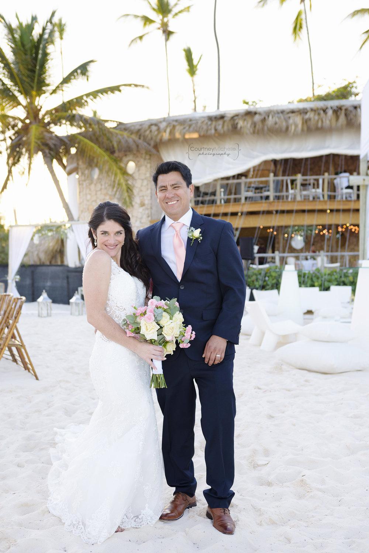 punta-cana-dominican-republic-jellyfish-wedding-beach-wedding-photography-courtney-laper©CopyrightCMP_2019-EmmaTito-0646.jpg