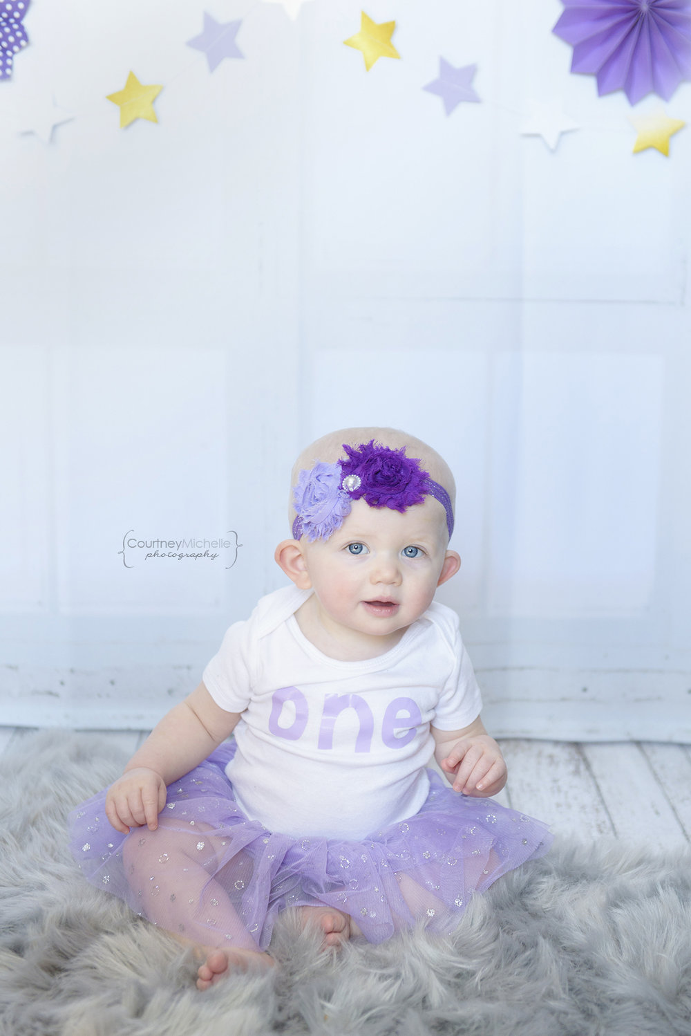 ©CourtneyMichellePhotography_spring_one_year_old_birthday_purple_tulips_2020.jpg