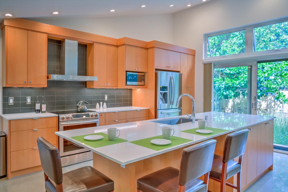 kitchengreen-1.jpg