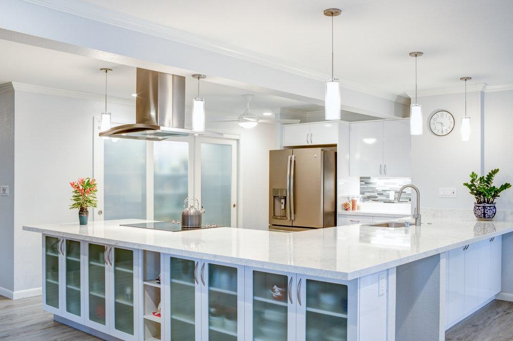 kitchenwhite.jpg