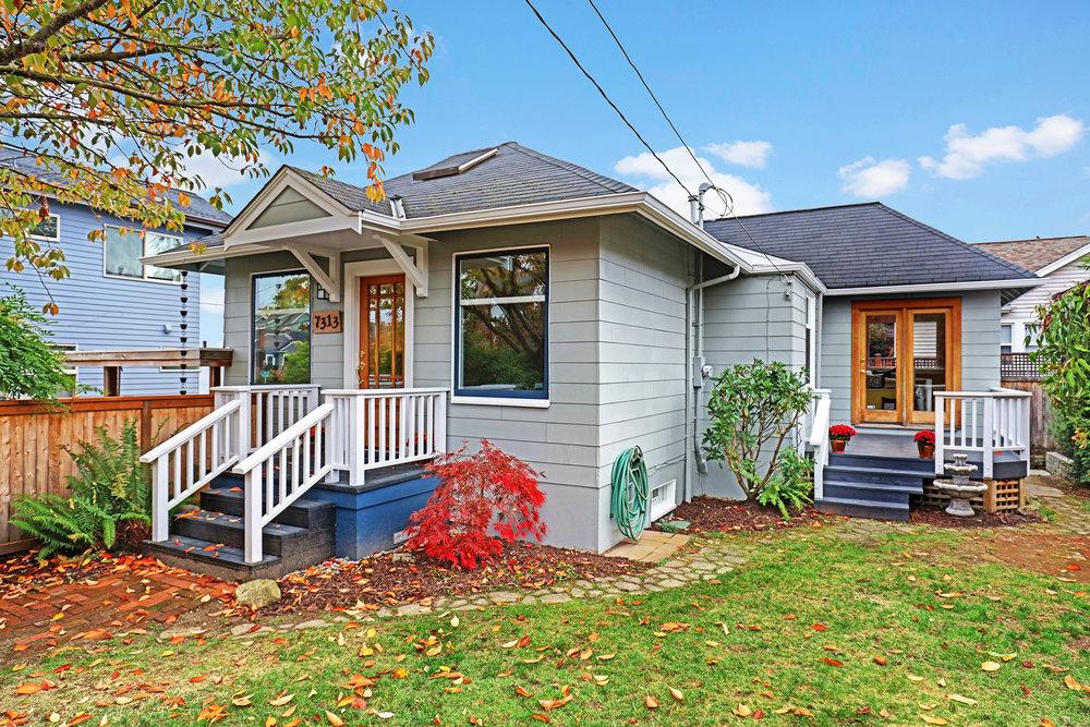 Phinney Ridge - $599,206
