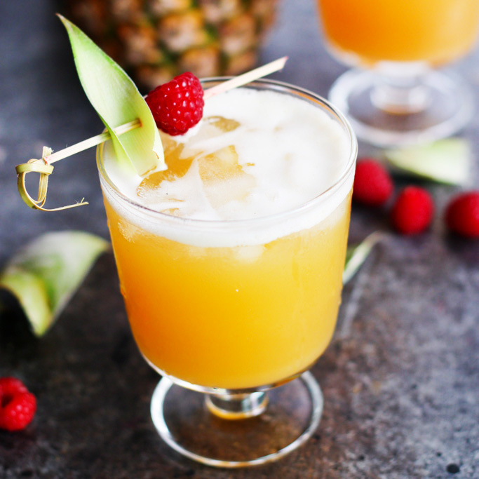 Pineapple-Raspberry-Vodka-Collins-7.jpg