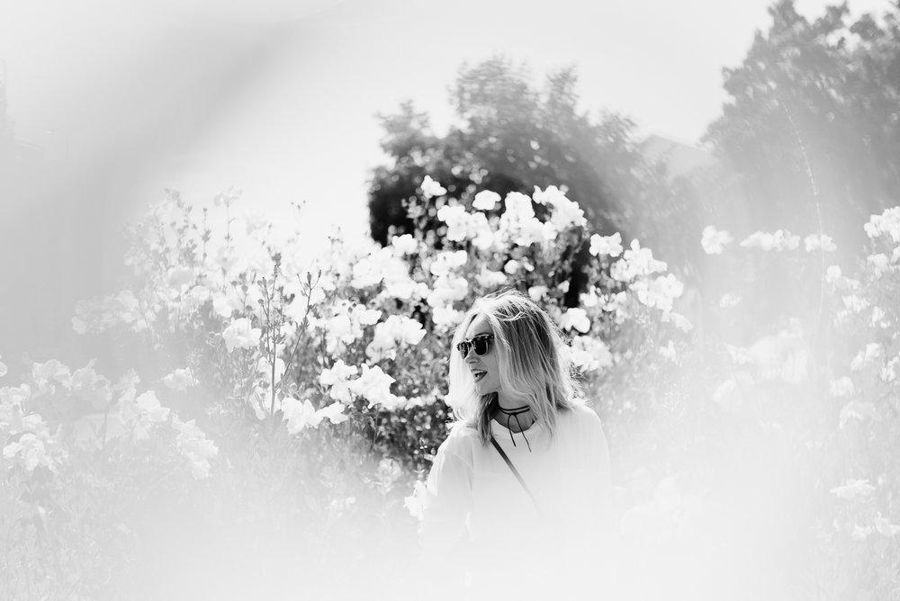 High School Senior Photos - Black and White, Artistic