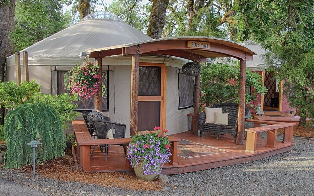 Pacific-Yurts-20-Exterior-East-large.jpg