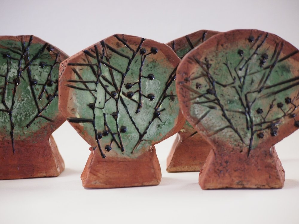 In 2016 Little Habitat Heroes worked with ceramic artist Ann Ferguson to create a token for each Habitat Hero, which connects them to the site through art. This was made possible by a generous gift from the artist.