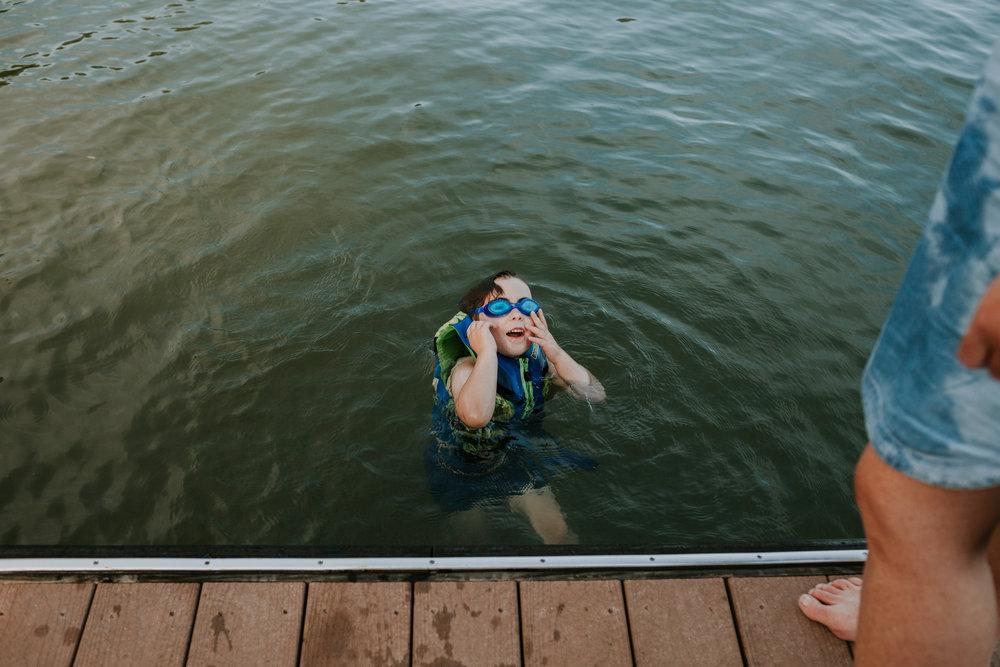 TracyFamily_Lake2017_WEB-13.jpg