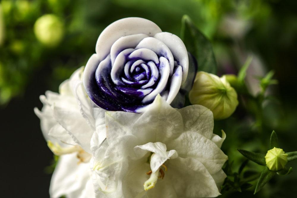 Marbled Aubergine Rose