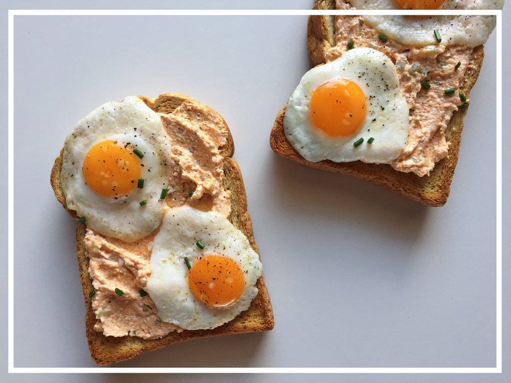 QUAIL EGG AND QUARK TOAST