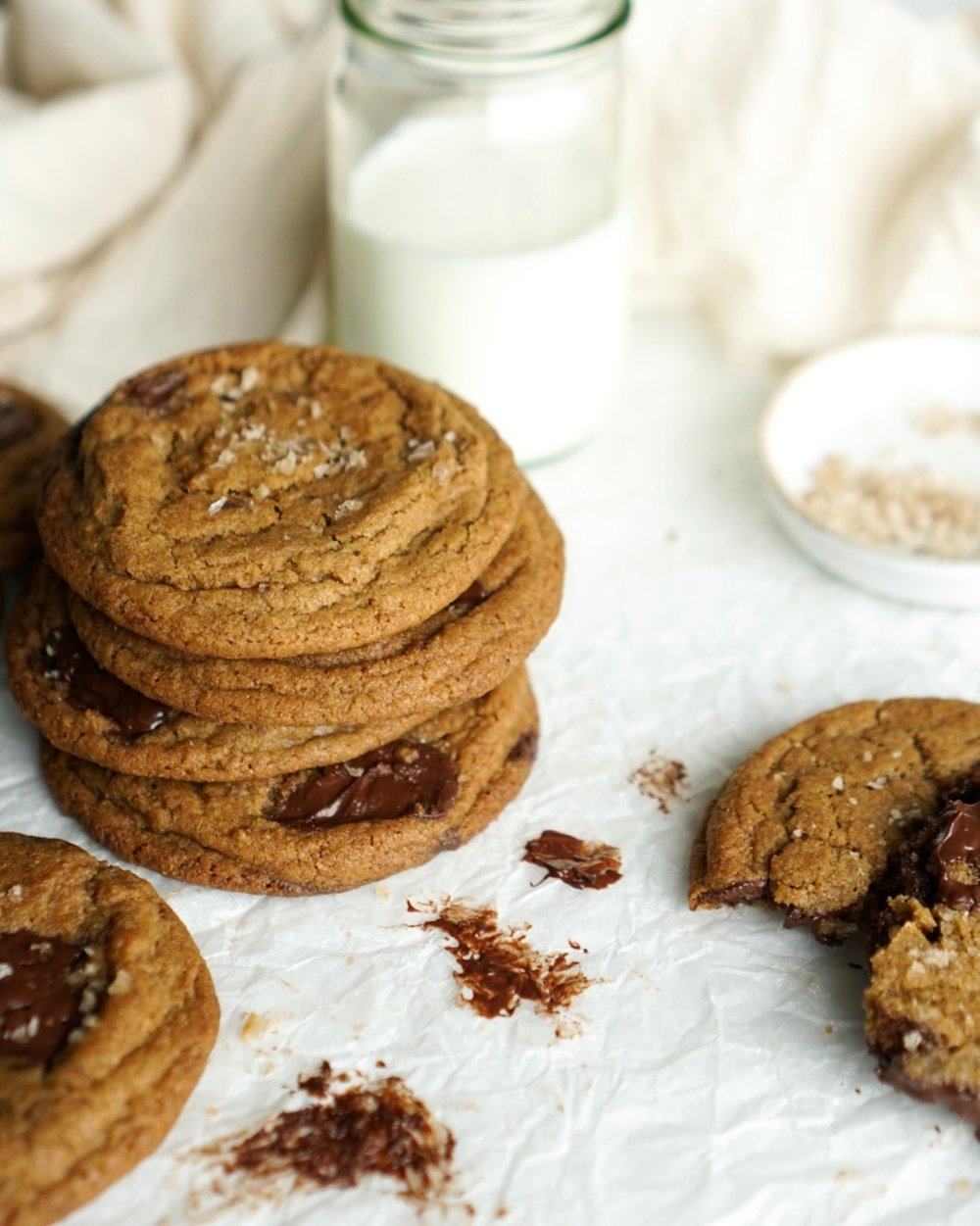 chocolate-chip-cookie-recipe-rye-smoked-salt