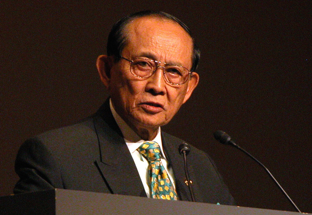 Mr. Fidel Ramos (USMA '50), the 12th President of the Philippines