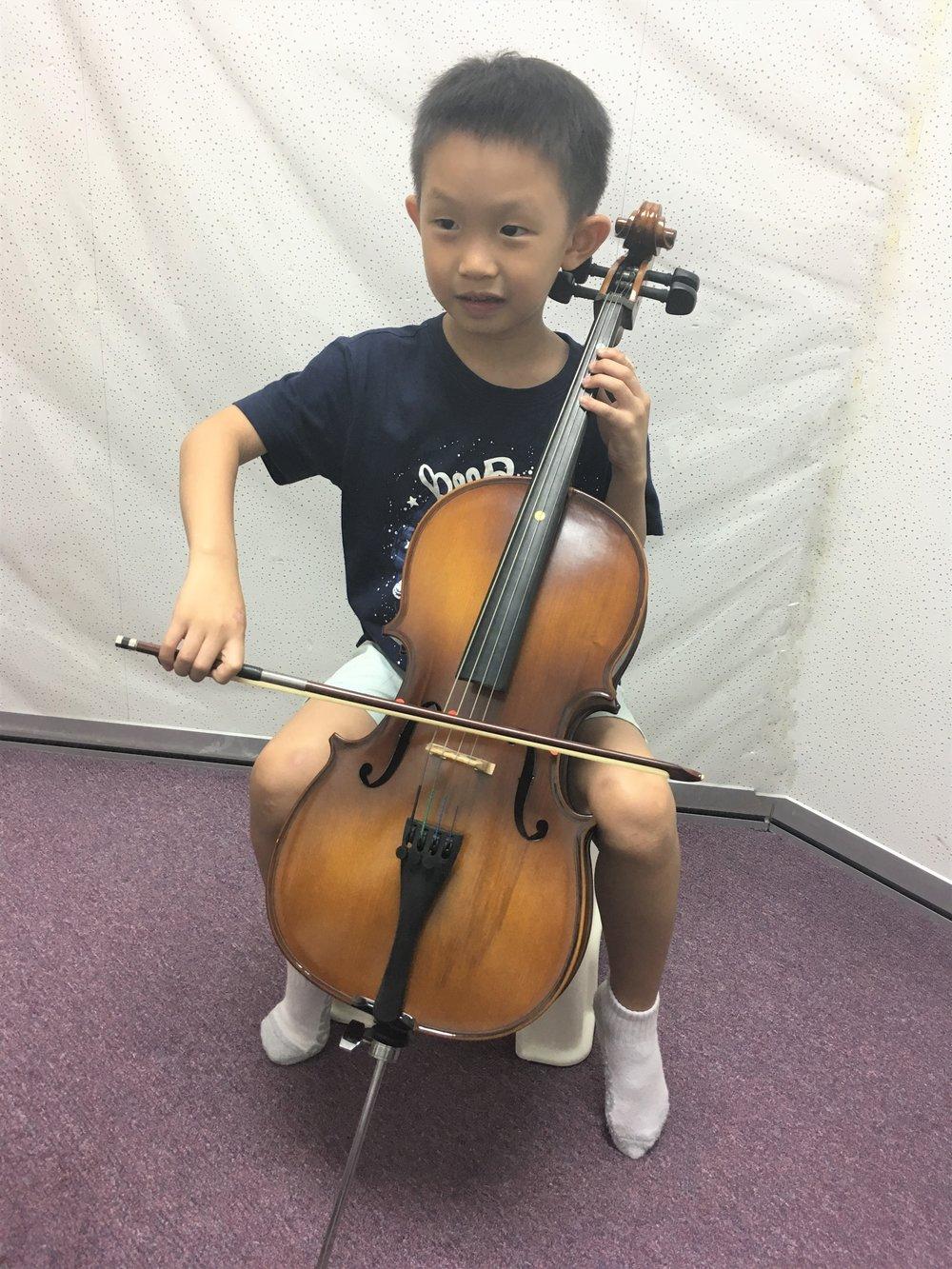 cello 1.jpg