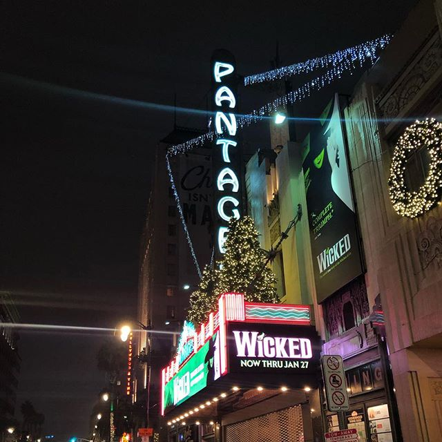More of the holiday trees. This time at the #pantagestheatre in #Hollywood #wicked is a great show and we can bring you there and home in style
