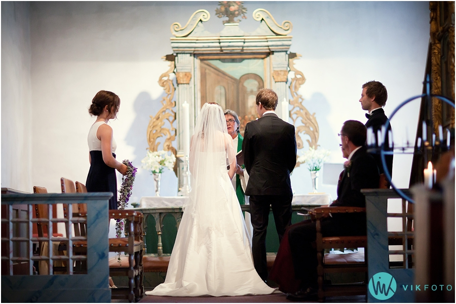 bryllupsfotograf_%C3%B8stfold_bryllupsbilde_17.jpg