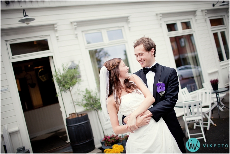 bryllupsfotograf_%C3%B8stfold_bryllupsbilde_33.jpg