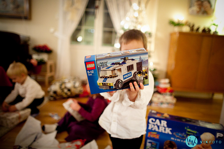 julaften lego politibil julegave barn IMG_8889