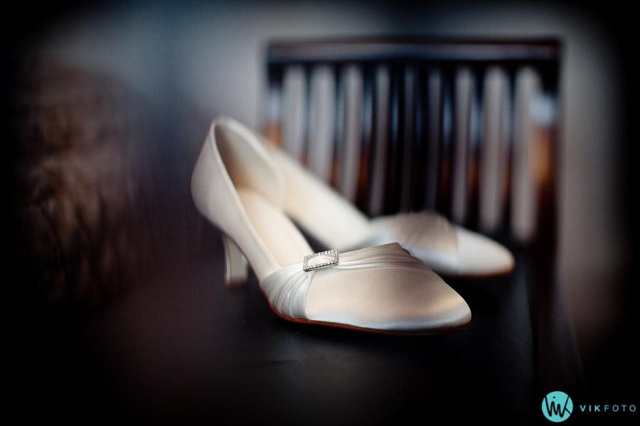 bryllup-accessories-sko-brud-fotograf-heldags.jpg