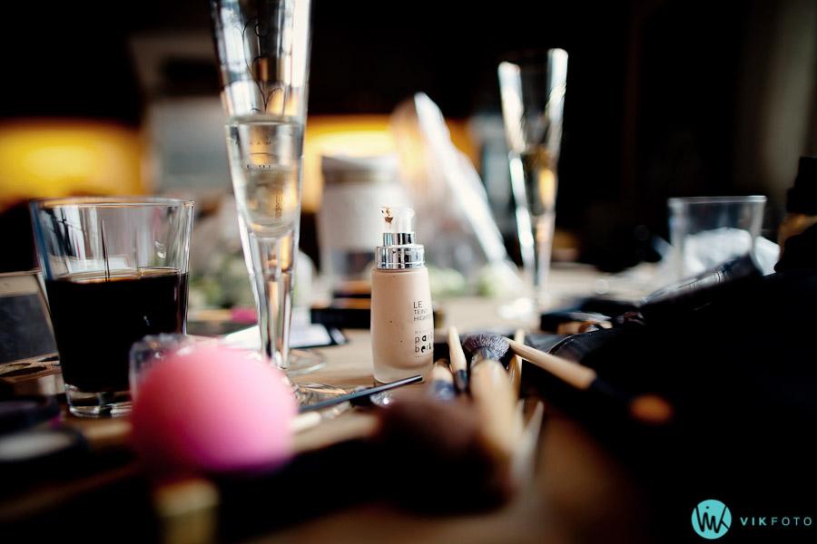 sminke-bryllup-forberedelser-makeup-oslo-stylist-bryllupsfotograf.jpg