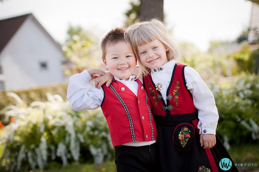 17mai-bunad-barn-gutt-jente-fotograf-sarpsborg.jpg