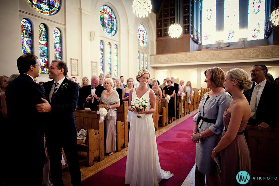 13-bryllup-frogner-kirke-vielse-seremoni.jpg