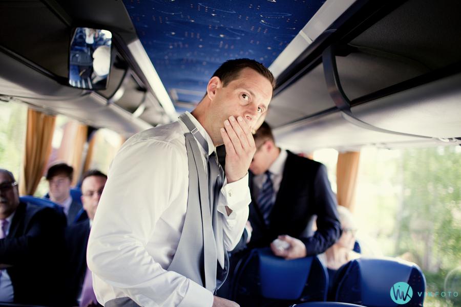 09-brudgom-buss-gjester