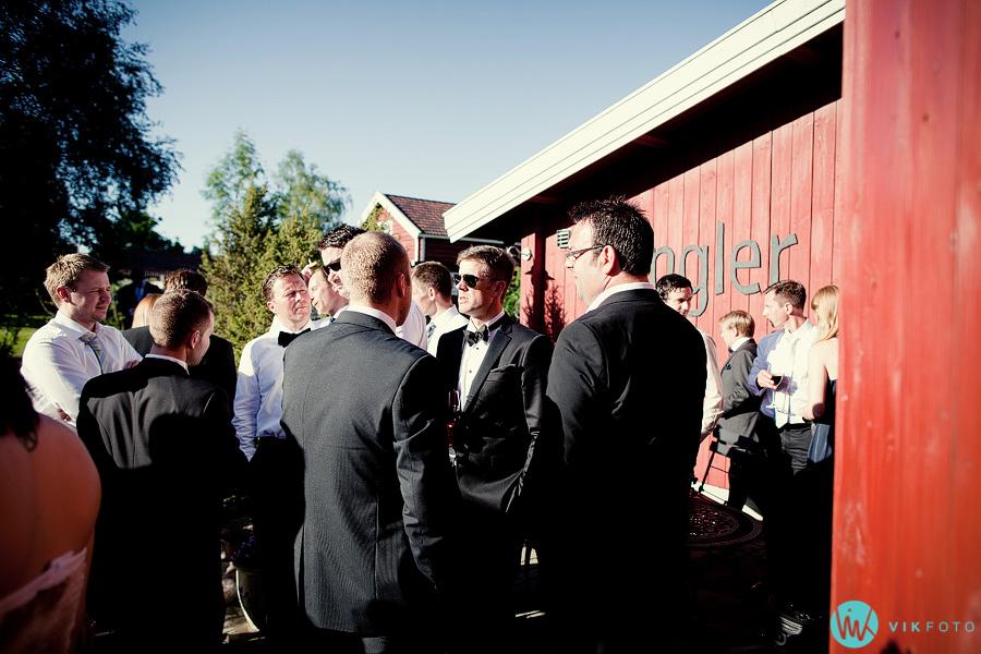 61-gjester-bryllup-kringler-fotograf-lillestrom