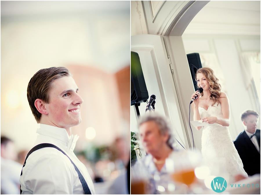 38-brudens-tale-brudgom-fotograf-heldags-bryllup.jpg